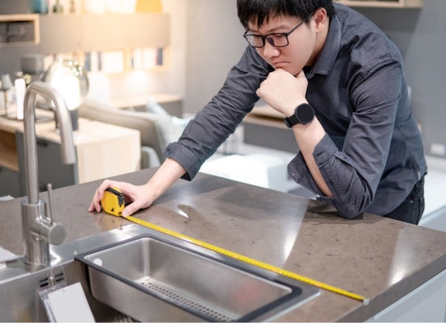 how to install a kitchen sink