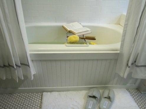 HGTV-original-Brian-Flynn_bathtub-surround-