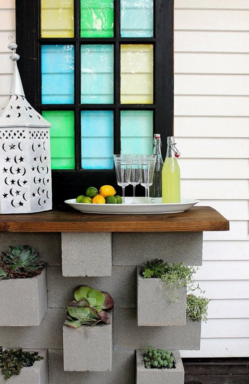 DIY with Cinder Blocks - Table