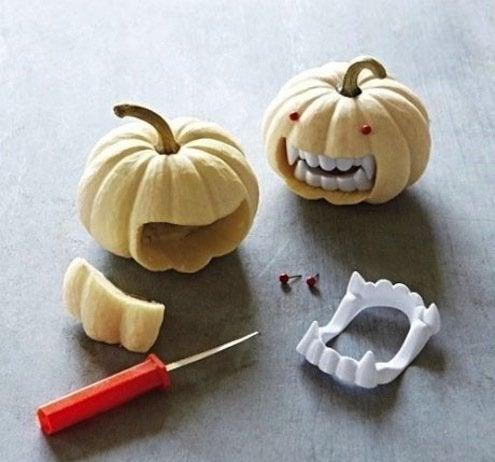 Pumpkin Mini Vampire