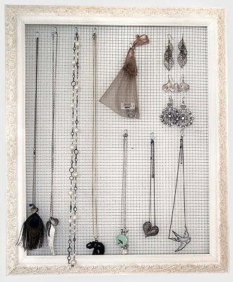 Hardware Cloth DIY - Jewelry Organizer