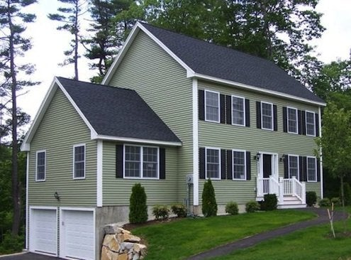 How to Clean Vinyl Siding - Green