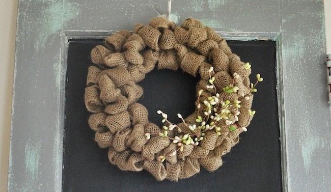 Burlap DIY - Alternative Wreath