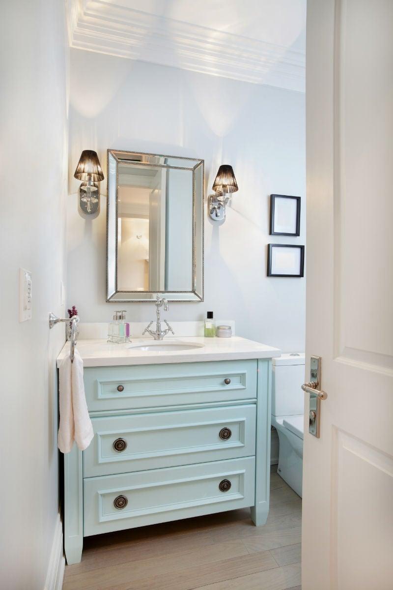 Лучшие варианты напольной плитки для ванной: ламинат