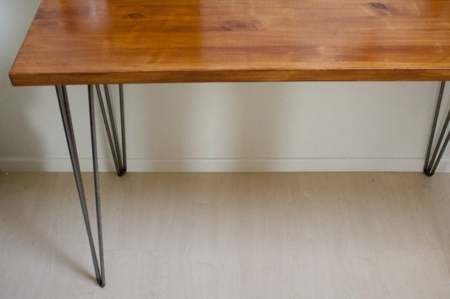 DIY Desk - Hairpin