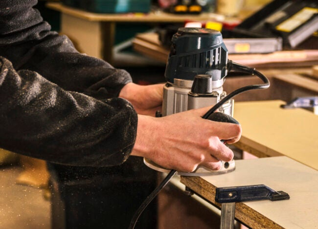using-a-wood-router-tips