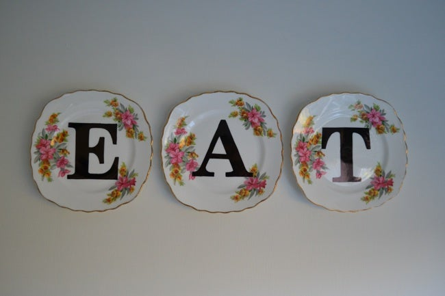 Old Dishes DIY - Sign