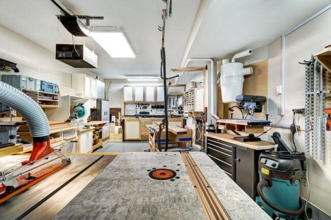 Woodworking Workshop Layout Design - Lighting
