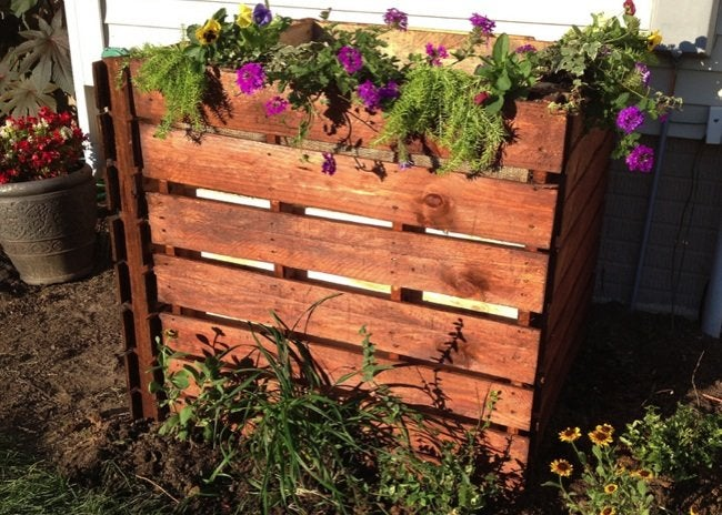How to Build a Compost Bin - Completed