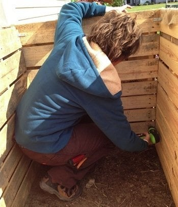 How to Build a Compost Bin - Pallets