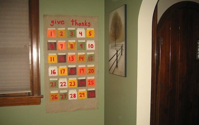 DIY Thanksgiving Decor - Calendar