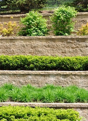 Building a Retaining Wall - Tiers