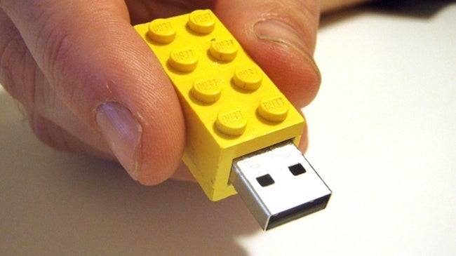 Repurpose Legos - USB