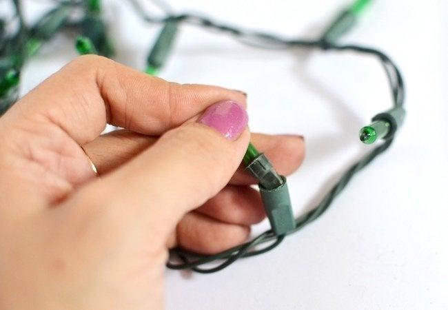 How to Fix Christmas Lights - Lighten Up