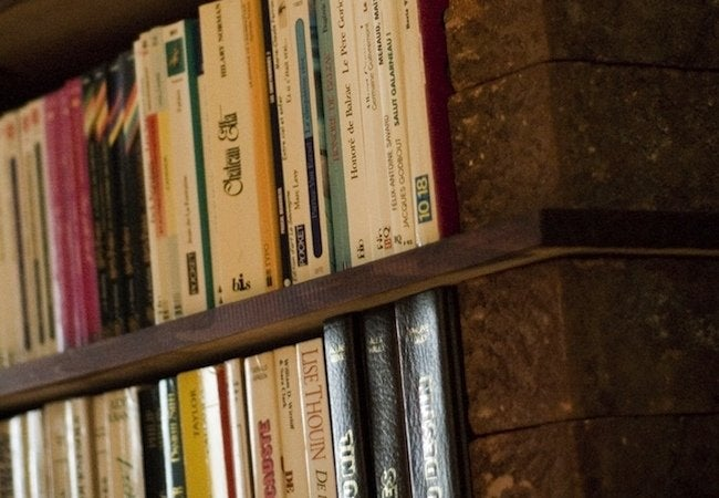 Uses for Bricks - Bookcase