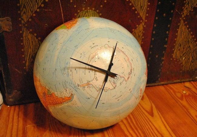 DIY Clock - Globe