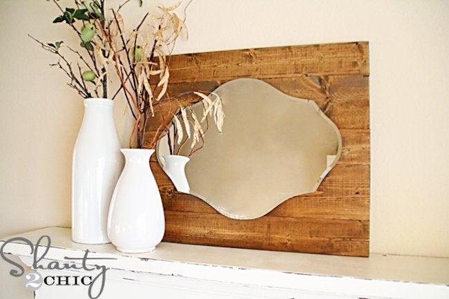 DIY Mirror Frame - Reclaimed Wood