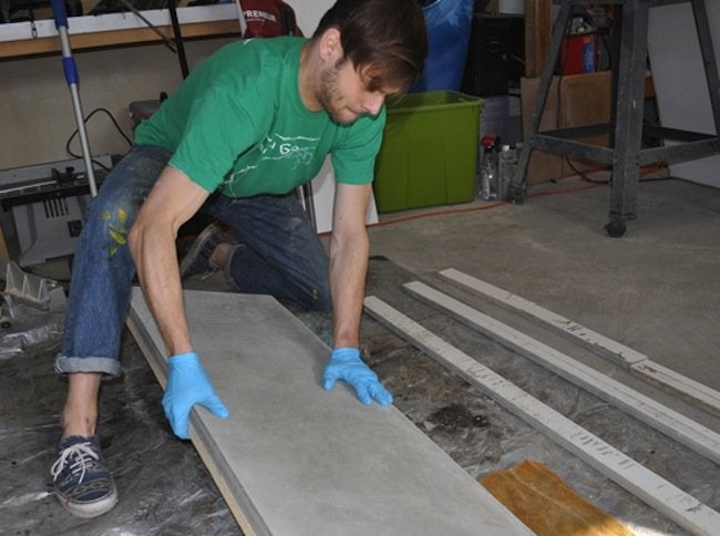 Flipping DIY Concrete Table