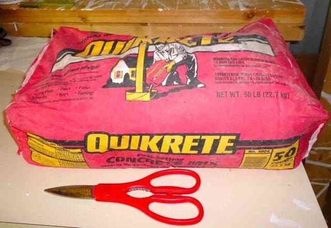 Quikrete DIY Concrete Hand Planter