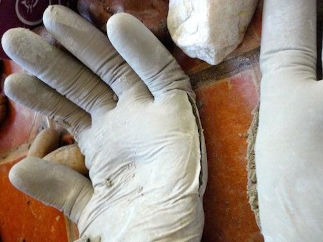 Molding DIY Concrete Hand Planters