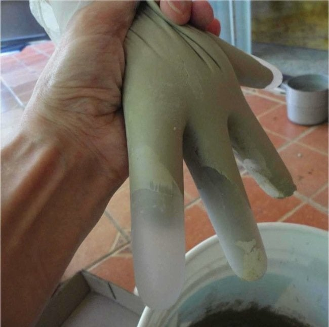 Filling Glove for DIY Concrete Hand Planters
