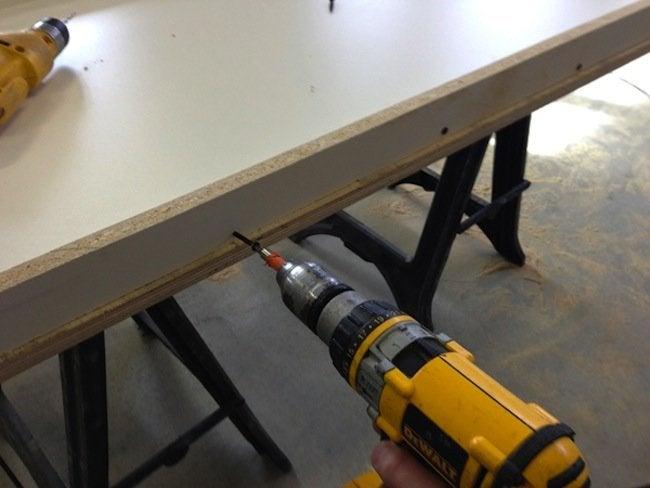 Assemble DIY Concrete Table