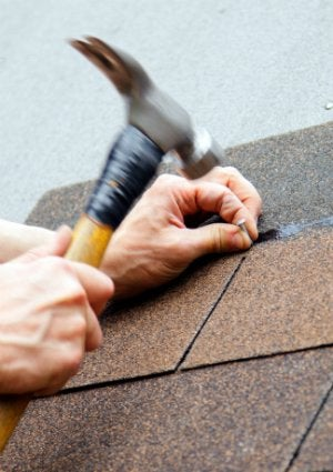 How to Find a Roofing Contractor - Shingles