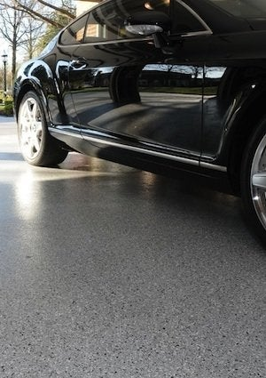 How to Apply Epoxy Floor Paint - Flake Detail