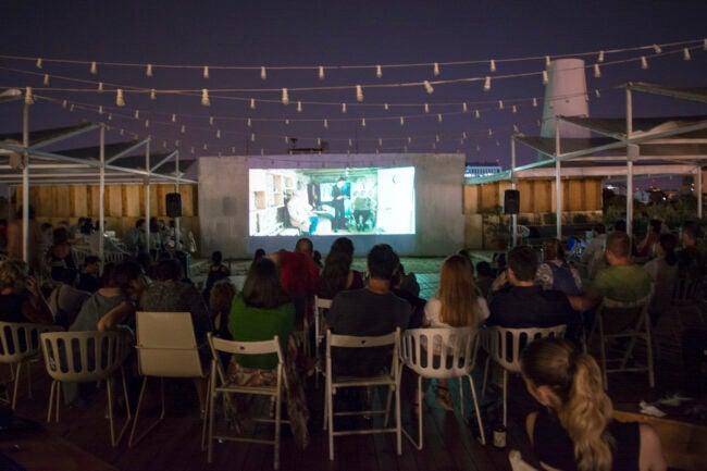 diy outdoor movie screen ideas