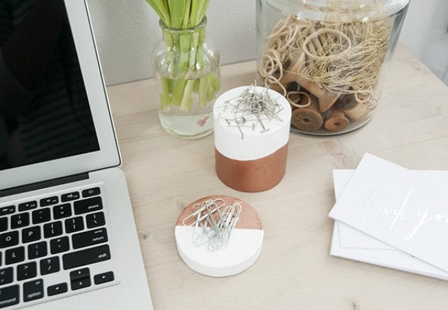 Uses of Magnets - Desk Accessories