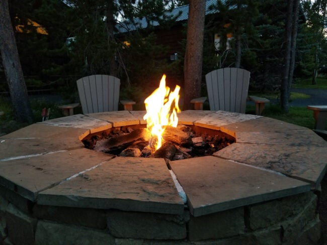 diy fire pit made with pavers