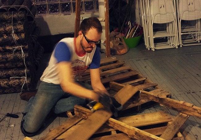 DIY Pallet Desk - Ripping