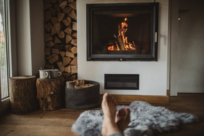 How to Light a Fireplace Correctly