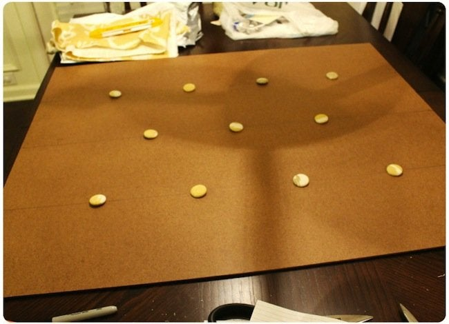 DIY Pallet Ottoman - Tufts