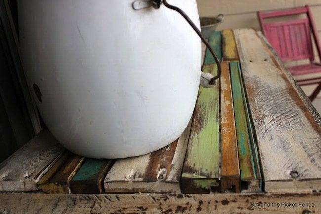 DIY Pallet Potting Bench - boards