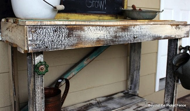 DIY Pallet Potting Bench - Hardware