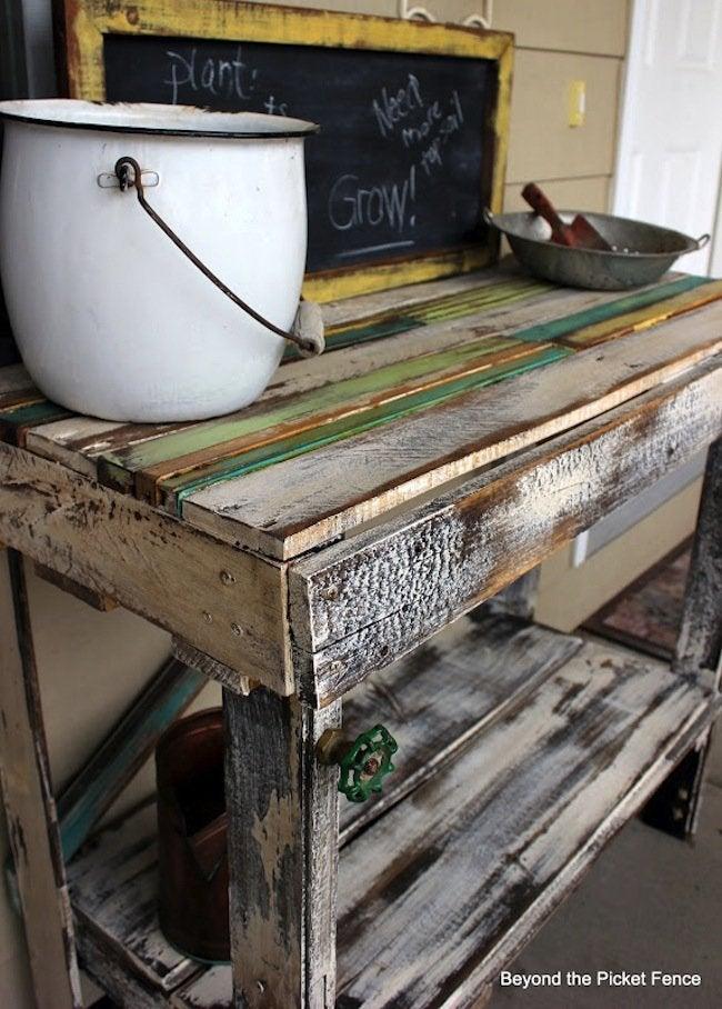 DIY Pallet Potting Bench - Top