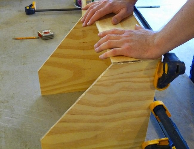 DIY Plywood Magazine File - Gluing Plywood