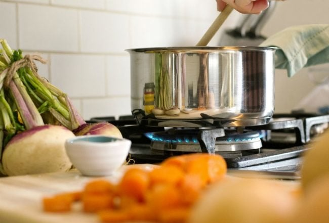 Gas vs. Electric Stove: Which Appliance Offers Better Control?