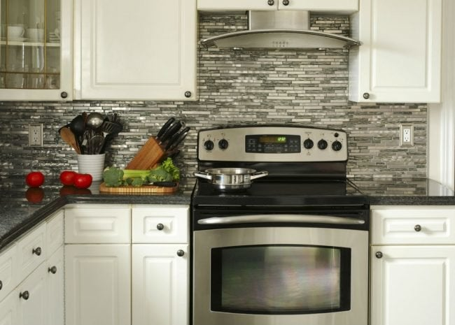 Choosing a Gas vs. Electric Stove