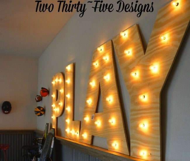 DIY Marquee Letters - closeup