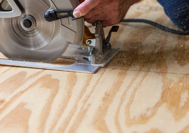 How to Cut Plywood