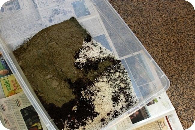 DIY Planter - Mixing Hypertufa