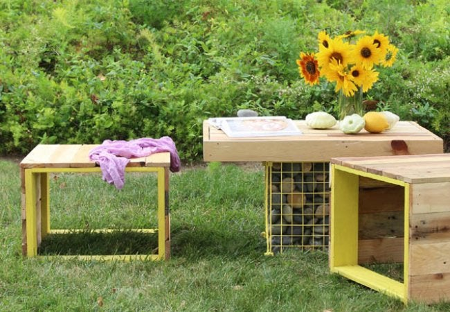 Patio Makeover - Pallet Furniture