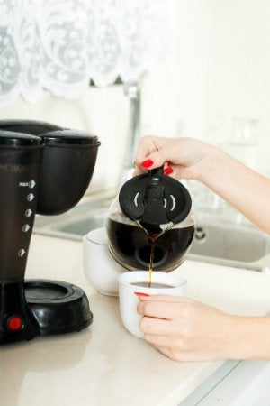 Cleaning a Coffee Maker with Vinegar - Fresh Coffee
