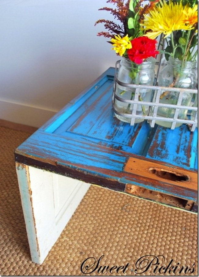 DIY Door Coffee Table - close