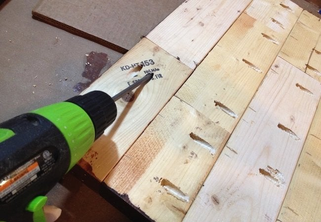 How to Make a Tabletop with 2x4s - Pocket Holes