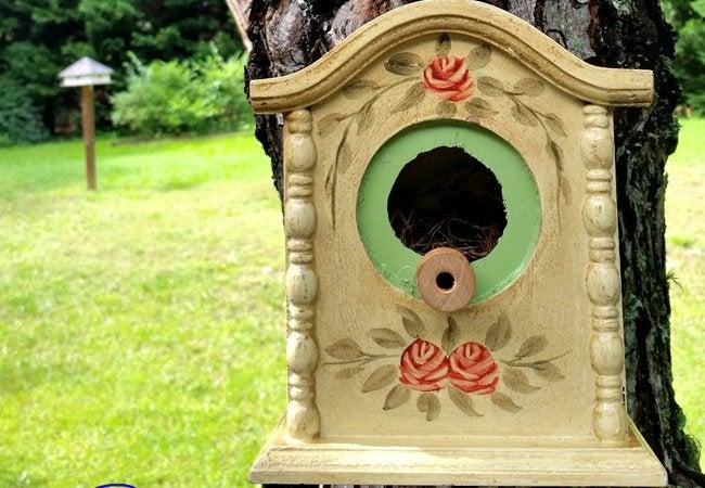DIY Birdhouse - Vintage Villa