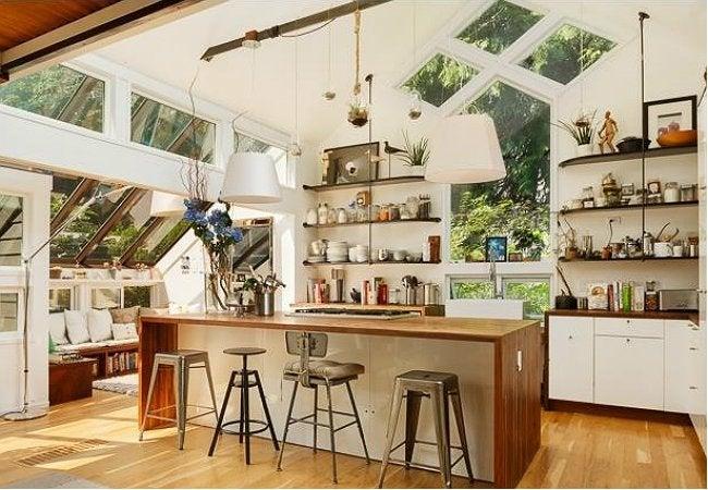 Open Shelving Kitchen - Modern Style