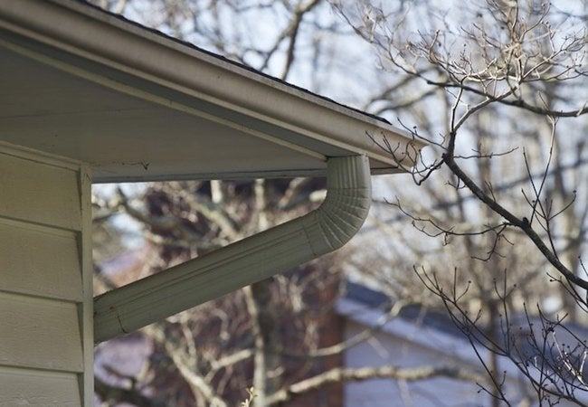 How to Replace Gutters